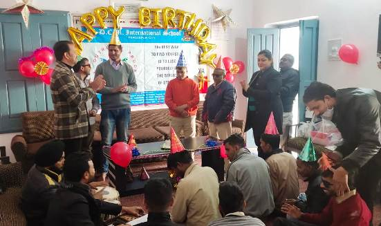Teachers celebrate birthday of visually-impaired inmates at Blind Home
